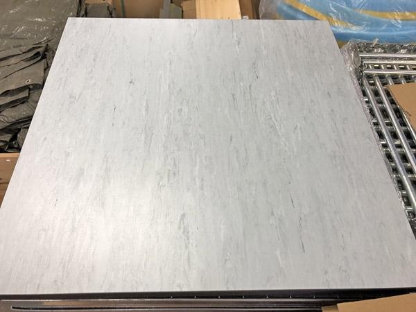 Antistatisk golvplatta, vinyl